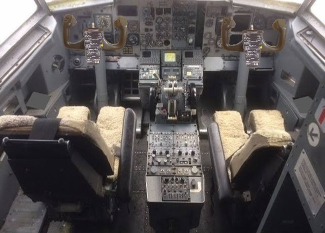 RJR Props - Cockpit Commercial Airplane